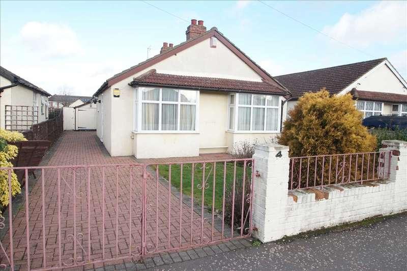 4 Bedrooms Bungalow for sale in Dennis Way, Cippenham, Slough