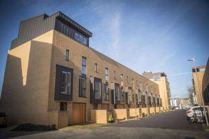 4 Bedrooms House for sale in Francis Street, Cardiff, Caerdydd