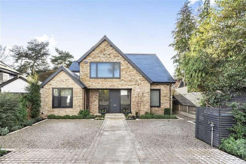 5 Bedrooms Detached House for sale in Green Dragon Lane, Winchmore Hill, London