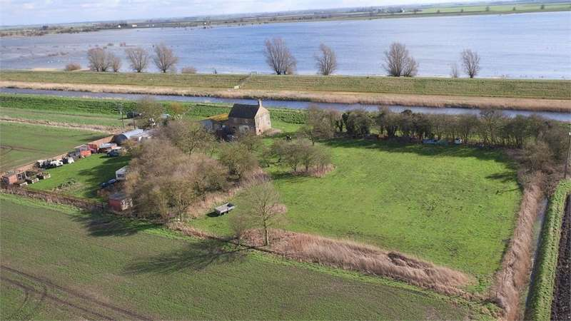 Land Commercial for sale in Welney