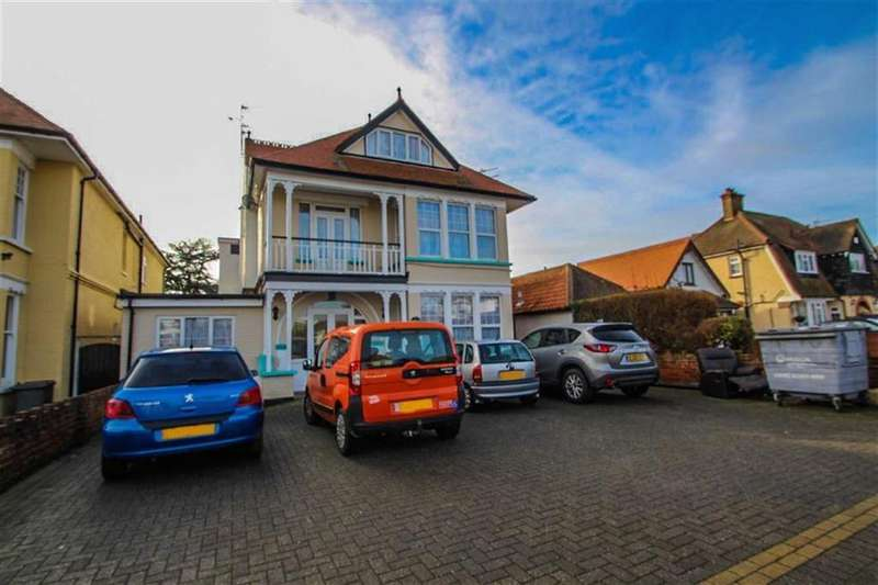 11 Bedrooms Detached House for sale in Kings Road, Clacton-on-Sea