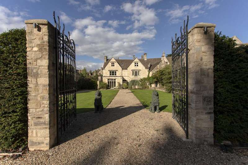 5 Bedrooms Manor House Character Property for sale in New Church Street, Tetbury GL8