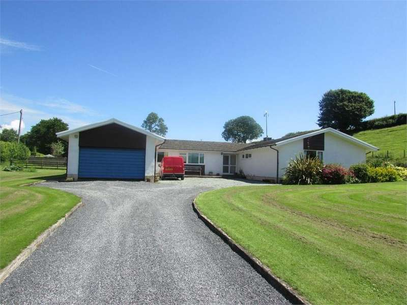 4 Bedrooms Farm Commercial for sale in Kyngadle Farm, Laugharne, Carmarthen