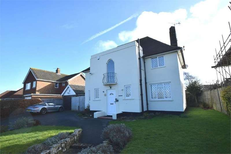 3 Bedrooms Detached House for sale in Huggetts Lane, Willingdon, Eastbourne, East Sussex