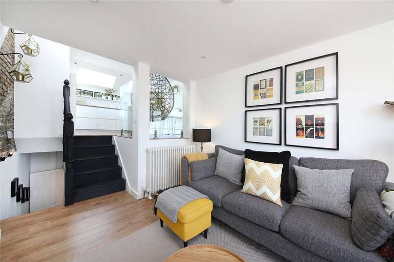 3 Bedrooms Apartment Flat for sale in Borland Road, Nunhead, SE15