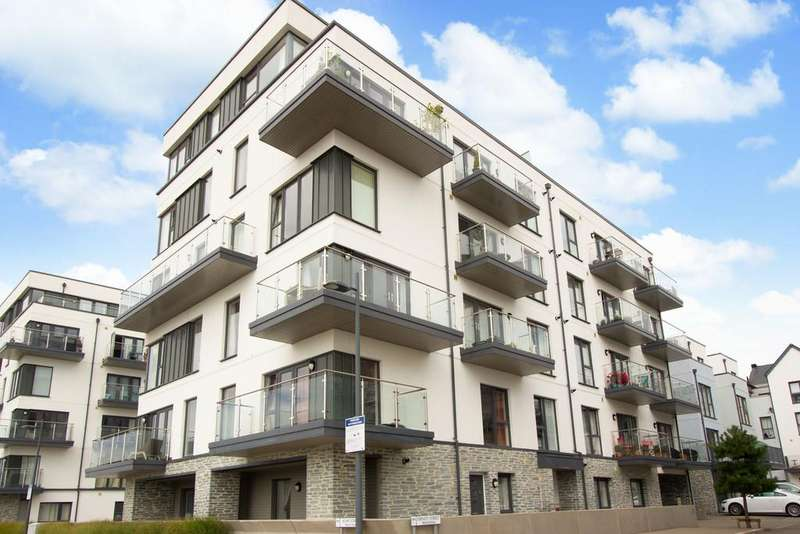 2 Bedrooms Penthouse Flat for sale in Trinity Street, Plymouth