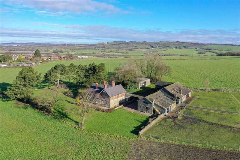 5 Bedrooms Equestrian Facility Character Property for sale in Crank Road, Crank, St Helens, WA11