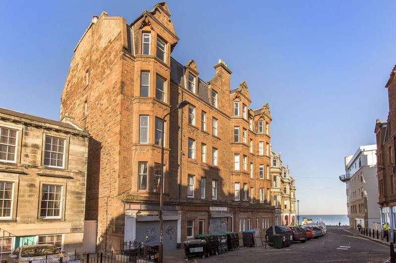 3 Bedrooms Flat for sale in 52/12 Bath Street EH12 1HF