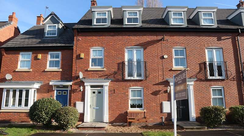 3 Bedrooms Town House for sale in Applewood Grove, Halewood, Liverpool, Merseyside. L26 6BR