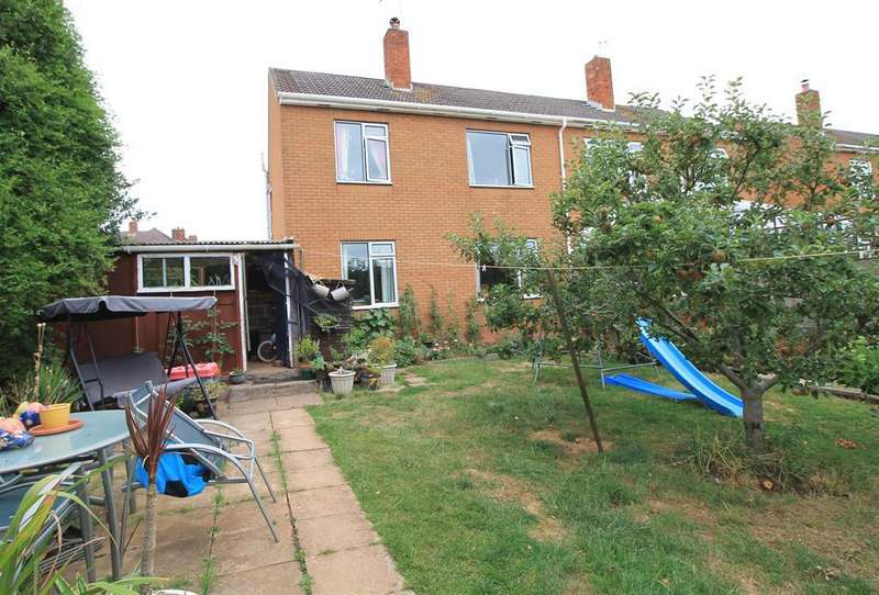 3 Bedrooms Semi Detached House for sale in Southside, Congresbury, North Somerset, BS49 5BS