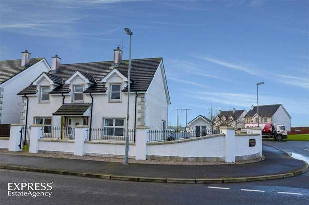 4 Bedrooms Detached House for sale in Sandville Green, Strabane, County Tyrone