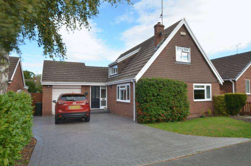 3 Bedrooms Detached House for sale in Dee Road, Mickle Trafford, Chester