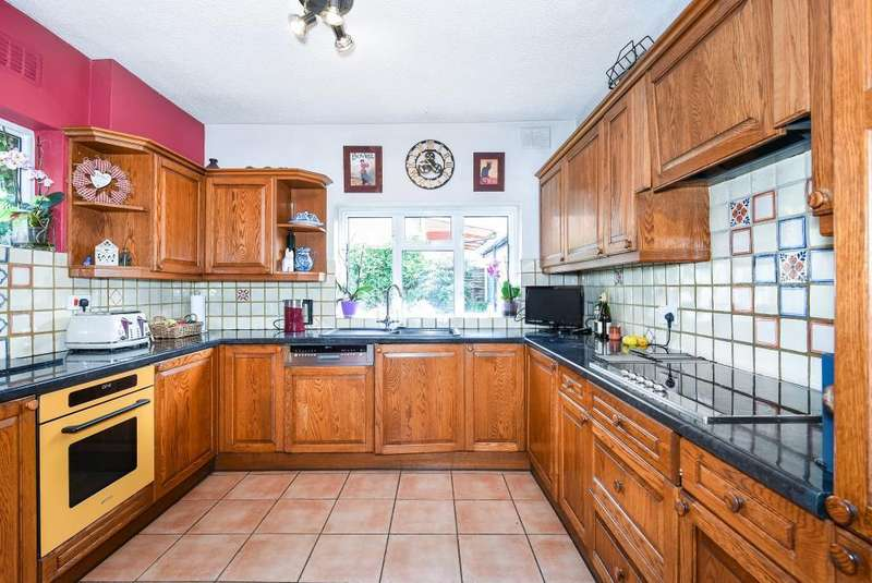 3 Bedrooms House for sale in Rectory Road, Caversham, Reading, RG4