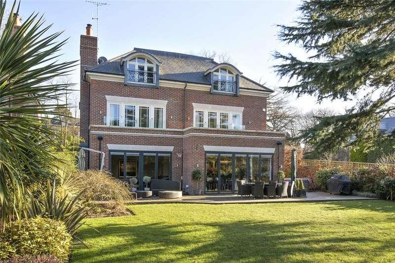 5 Bedrooms Detached House for sale in Green Lane, Cobham, Surrey, KT11