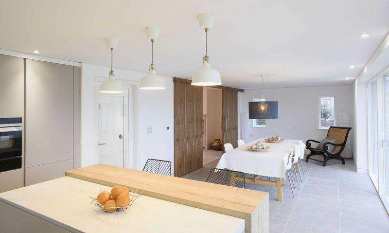 4 Bedrooms Detached House for sale in Halse House, Cathay Lane Cheddar, (Private road)