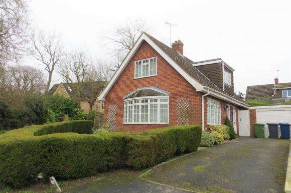 3 Bedrooms Property for sale in Dells Close, Great Gidding, Huntingdon