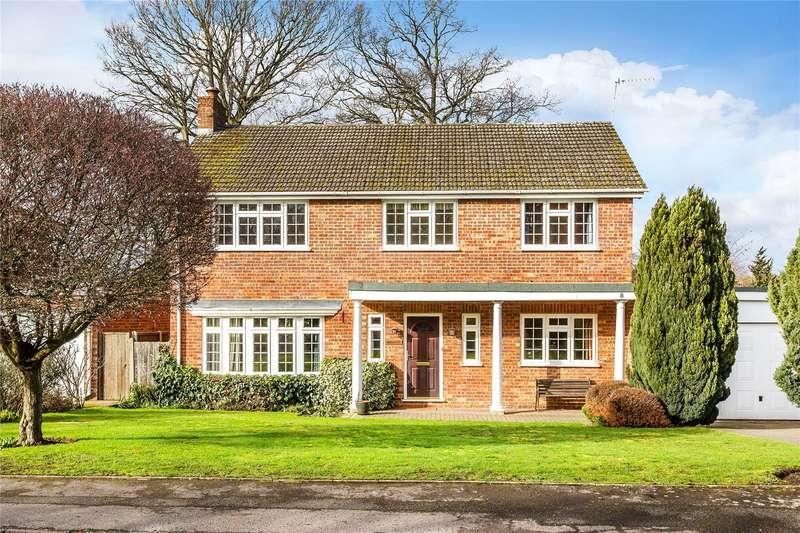 5 Bedrooms Detached House for sale in Ridgeway Gardens, Woking, Surrey, GU21
