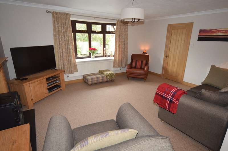 4 Bedrooms Semi Detached House for sale in Garden Lea, Dalton-in-Furness