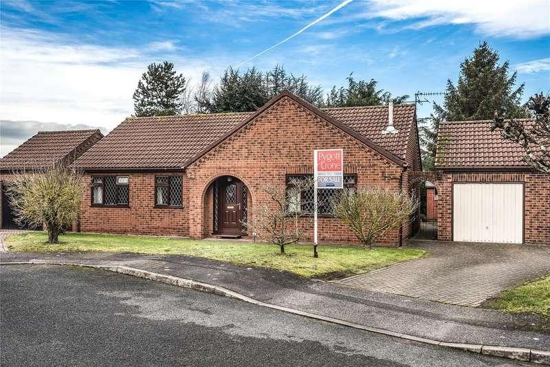 3 Bedrooms Detached Bungalow for sale in Denzlingen Close, North Hykeham, LN6
