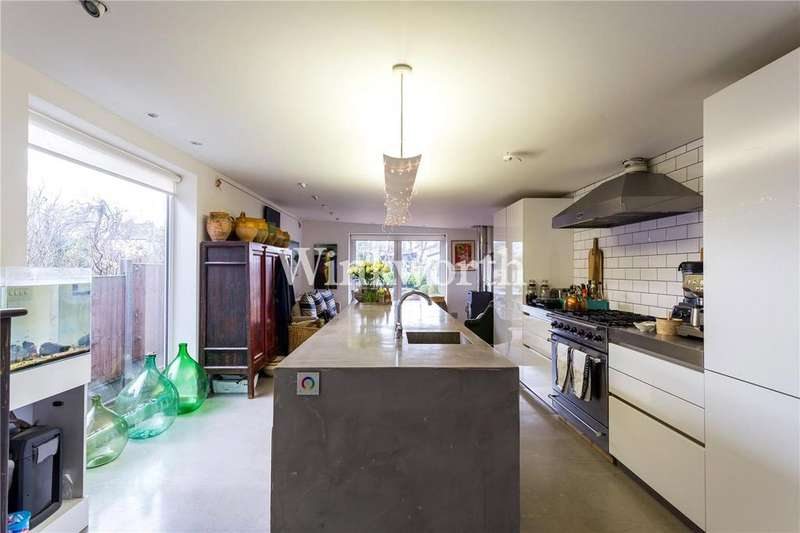 3 Bedrooms Semi Detached House for sale in Whittington Road, Bounds Green, N22