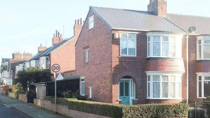 3 Bedrooms Property for sale in Clairville Road, Middlesbrough , Middlesbrough, Cleveland , TS4 2HH