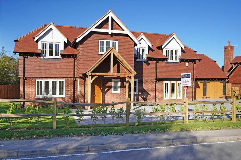 5 Bedrooms Detached House for sale in The Street, West Horsley, Leatherhead, Surrey, KT24
