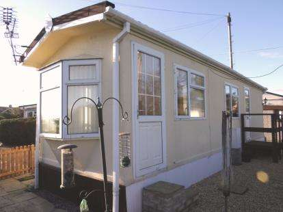 1 Bedroom Mobile Home for sale in The Plough Park, Beauty Bank, Whitegate, Northwich