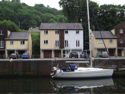 4 Bedrooms Semi Detached House for sale in Porth Y Llechen, Y Felinheli, Gwynedd, LL56