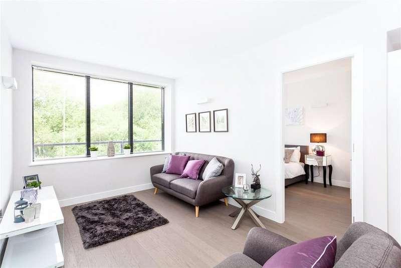 1 Bedroom Flat for sale in Overbridge Square, Hambridge Lane, Newbury, RG14