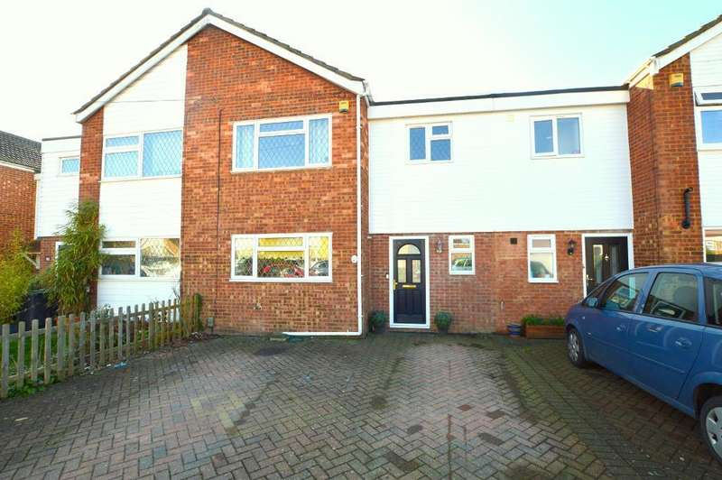 3 Bedrooms Terraced House for sale in Lancing Road, Stopsley, Luton, LU2 8JN