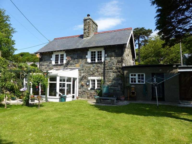 2 Bedrooms Cottage House for sale in Plas Mynach Lodge, Llanaber Road, Nr Barmouth, LL42