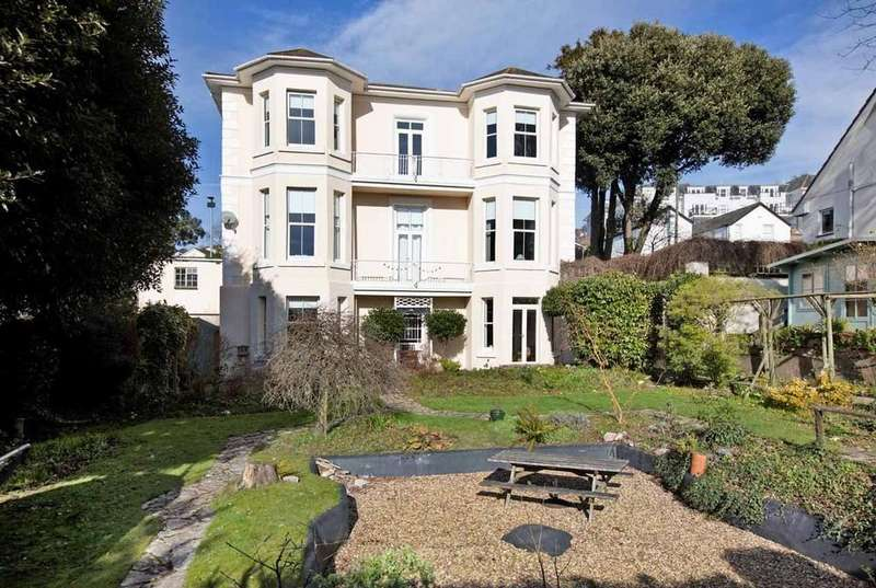 5 Bedrooms Detached House for sale in New Road, Teignmouth