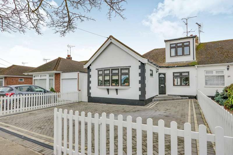 4 Bedrooms Semi Detached Bungalow for sale in The Ryde, Leigh-on-Sea