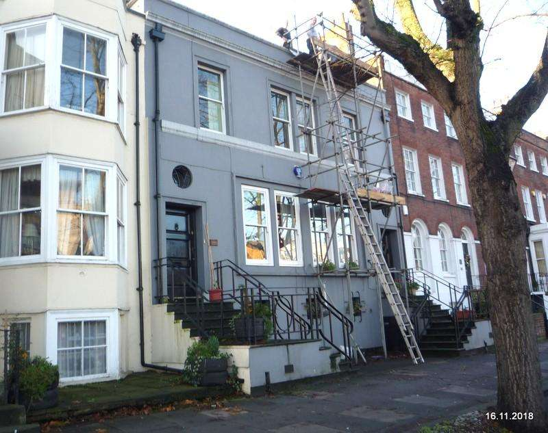 3 Bedrooms Terraced House for sale in 40 New Road, Chatham ME4
