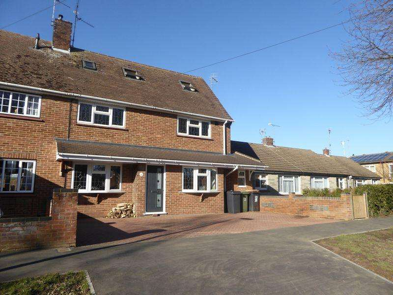 4 Bedrooms Semi Detached House for sale in Manor Park, Dunstable