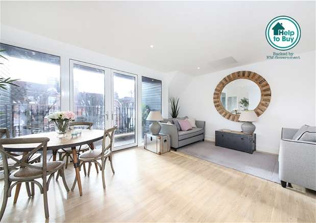 2 Bedrooms Flat for sale in Harold Road, London