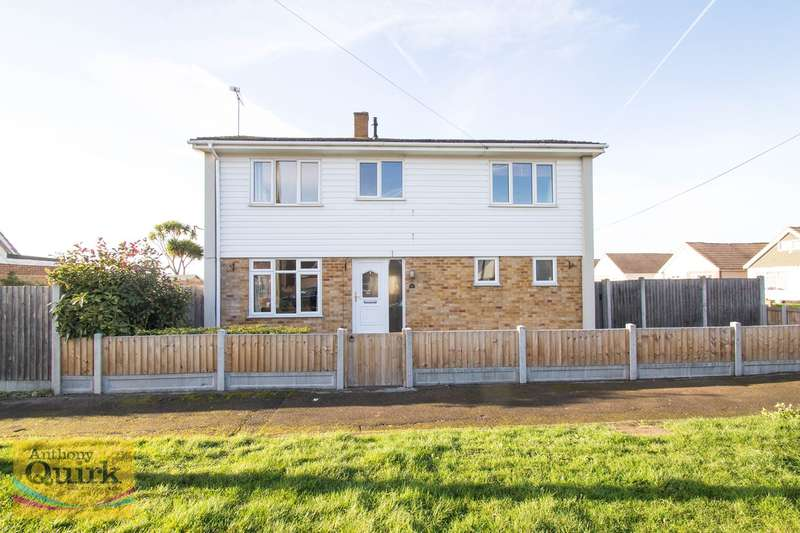 4 Bedrooms Detached House for sale in Thames Road, Canvey Island, SS8