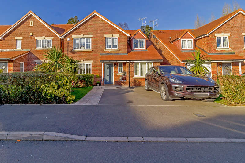 5 Bedrooms Detached House for sale in Appleby Drive, Croxley Green, Rickmansworth