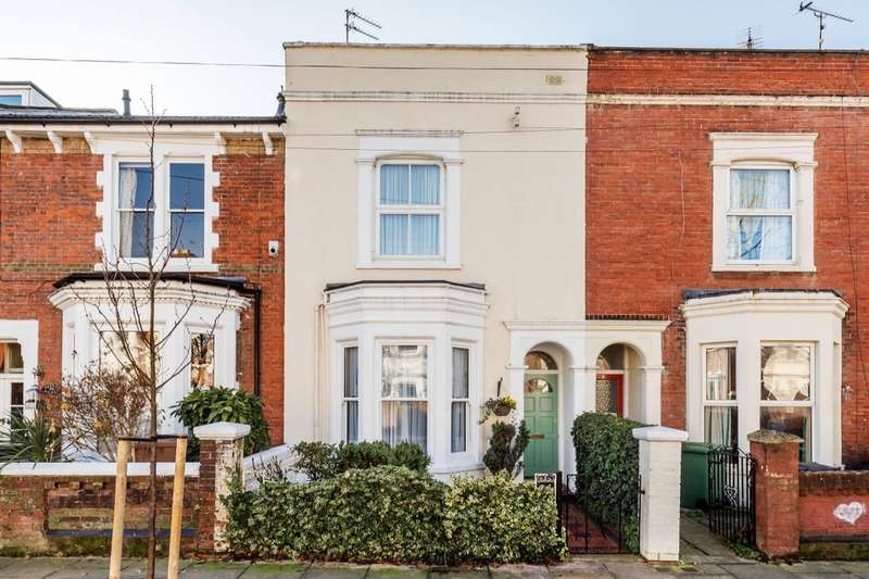 4 Bedrooms Terraced House for sale in Havelock Road, Southsea, PO5