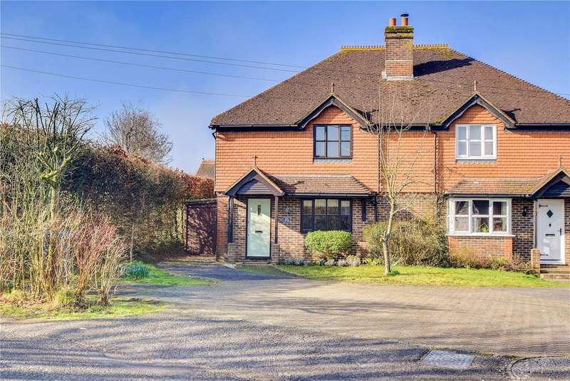 3 Bedrooms Semi Detached House for sale in North Stroud Lane, Petersfield, Hampshire