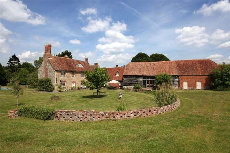 7 Bedrooms Detached House for sale in Worminghall, Buckinghamshire, HP18