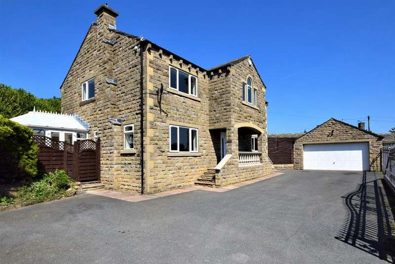 5 Bedrooms Detached House for sale in 17 Western Place, Queensbury, Bradford, BD13 1DU