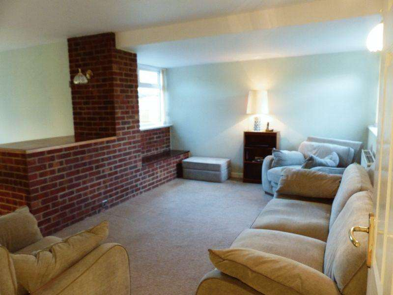 3 Bedrooms Detached Bungalow for sale in 59 Highfield Road, Saxilby