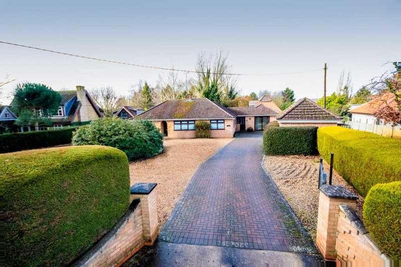 4 Bedrooms Bungalow for sale in Holmefield, Holme Road, Stow Bridge, King's Lynn