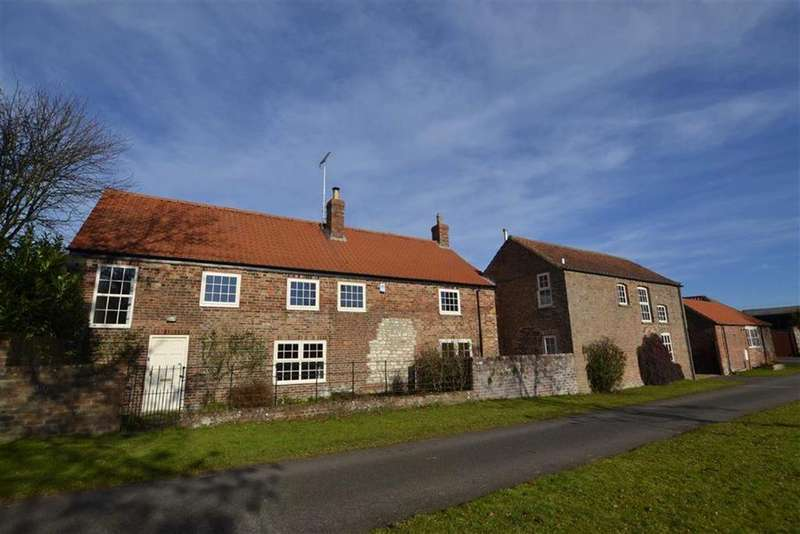 3 Bedrooms Detached House for sale in Eastgate, Rudston, YO25