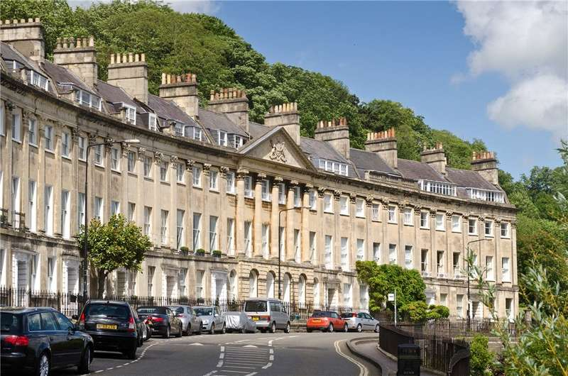 4 Bedrooms Terraced House for sale in Camden Crescent, Bath, BA1