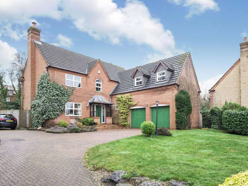 5 Bedrooms Detached House for sale in Weardale Close, Reading, RG2