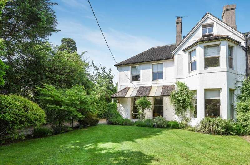 6 Bedrooms Semi Detached House for sale in Northbank, Hassocks, West Sussex, BN6
