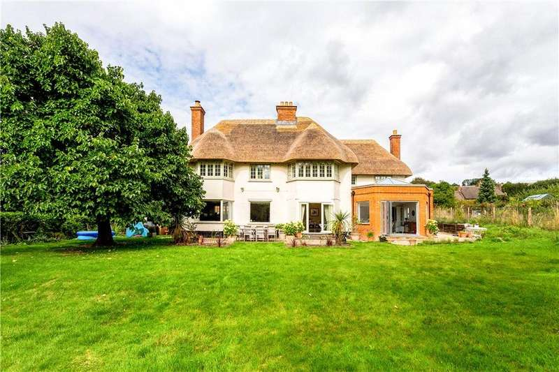 4 Bedrooms Detached House for sale in Oare, Marlborough, Wiltshire, SN8