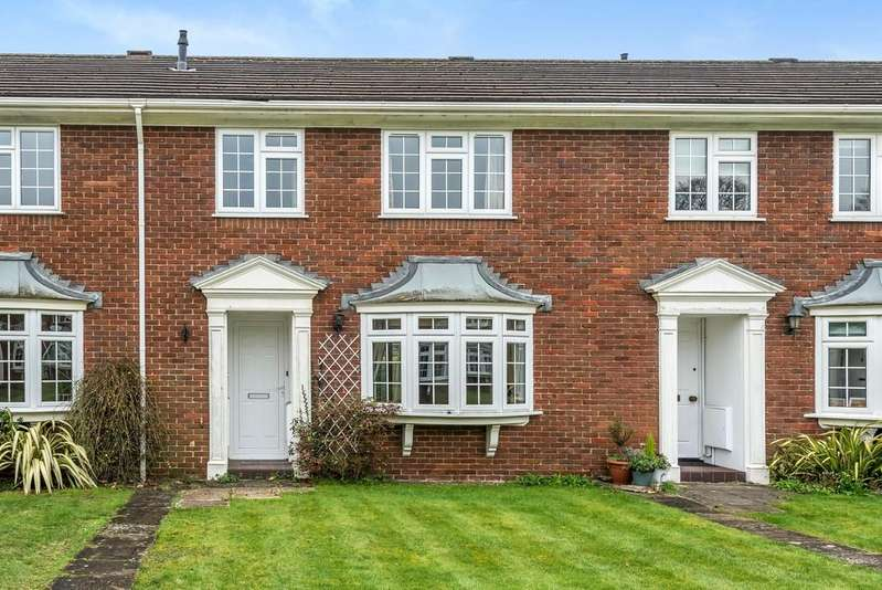 3 Bedrooms Terraced House for sale in Ashridge Close, Banister Park, Southampton